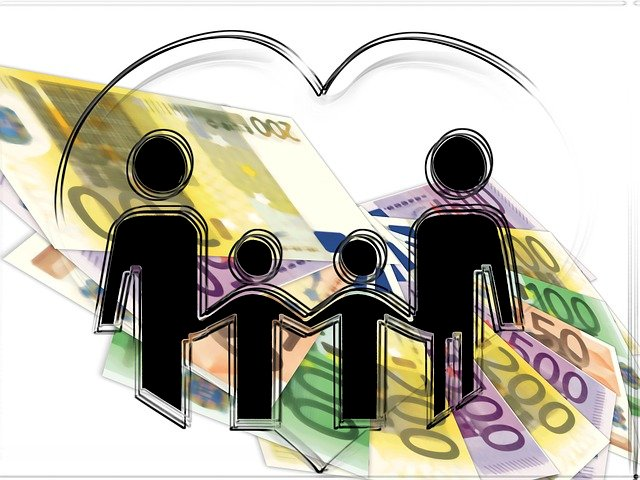 We are Family: Budget Tips for Today's Familial Ties